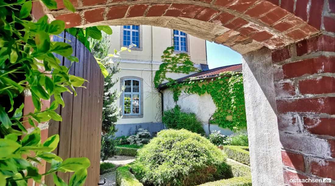 Schloss Koenigshain Einblicke