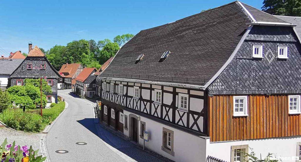 waltersdorf-dorfdurchfahrt-haus