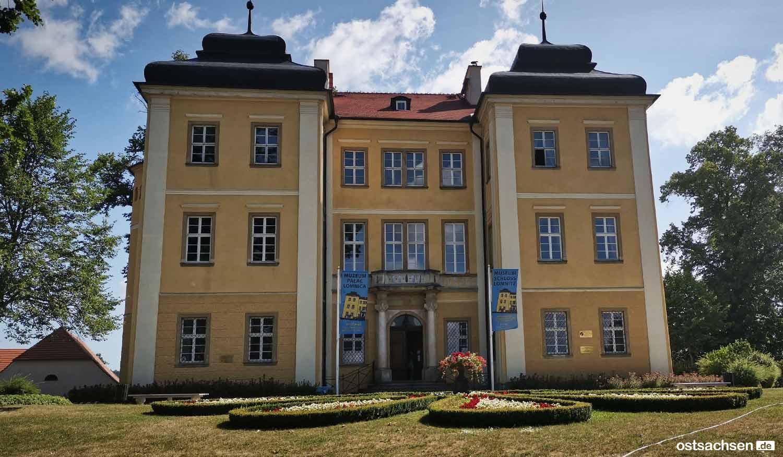 Schloss-Lomnitz