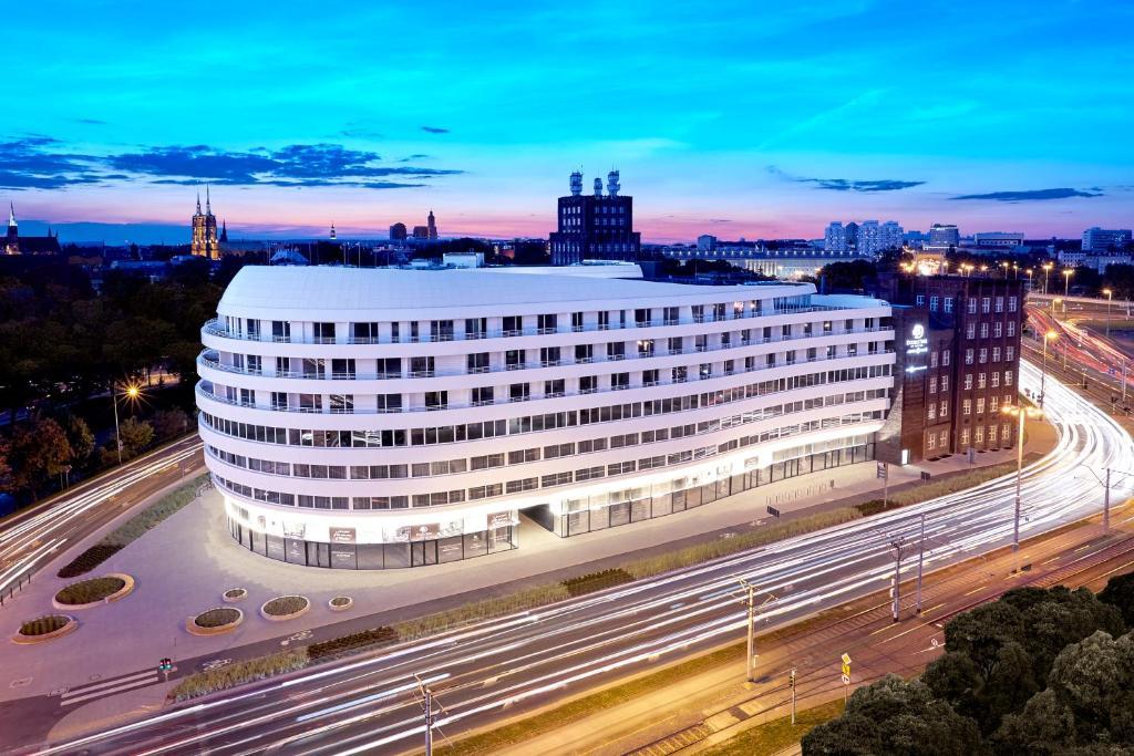 DoubleTree by Hilton Wroclaw 2