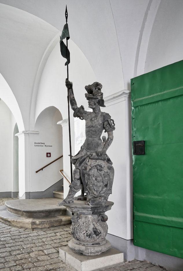 Georgsbrunnen original figur