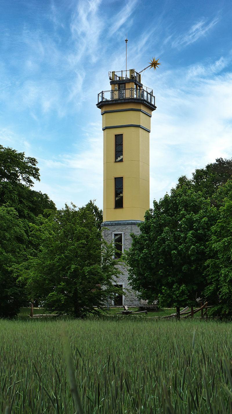 Monumentenberg Aussichtsturm in Groß-Radisch