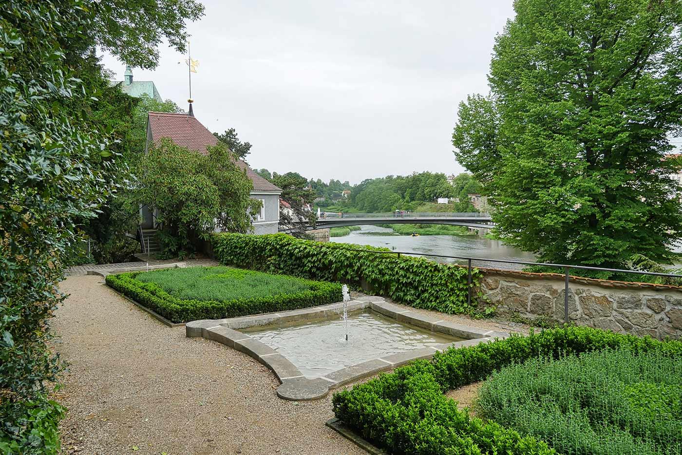 Ochsenzwinger Gartenanlage mit Wasserspielen