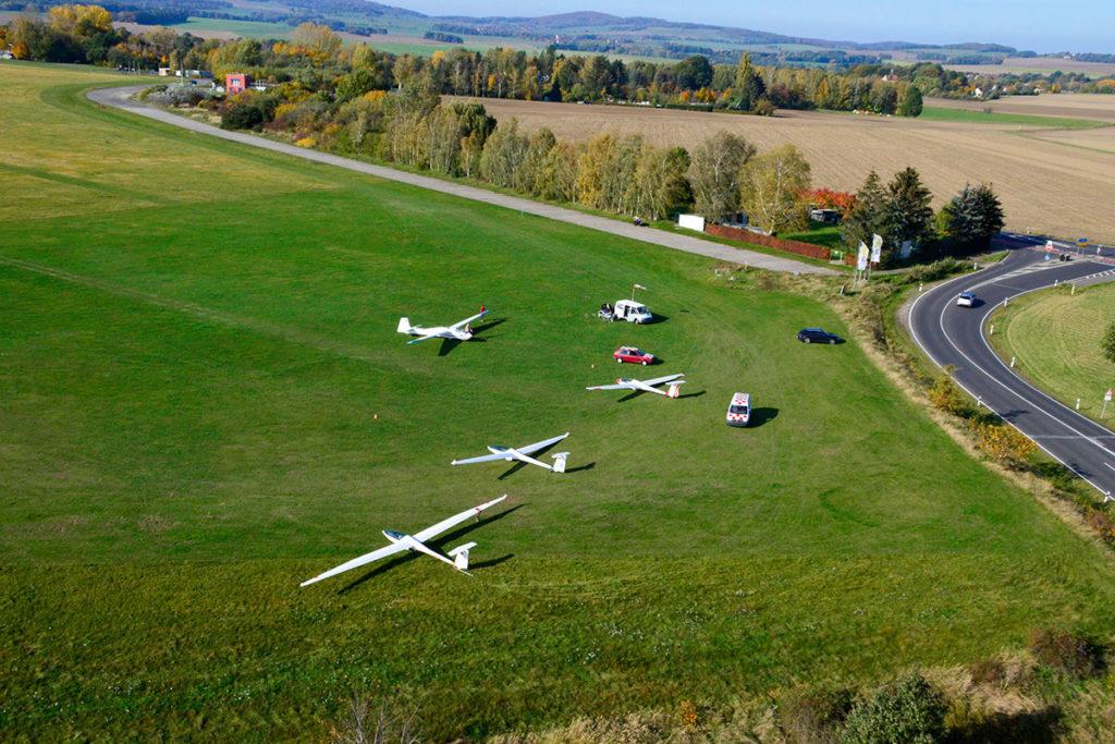 Rundflug Goerlitz Segelflugzeug Flugplatz Goerlitz